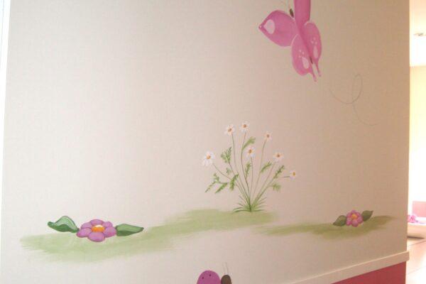17.3 mural infantil pintado a mano mariposa y mariquita murales y cuadros paula minguez scaled 1
