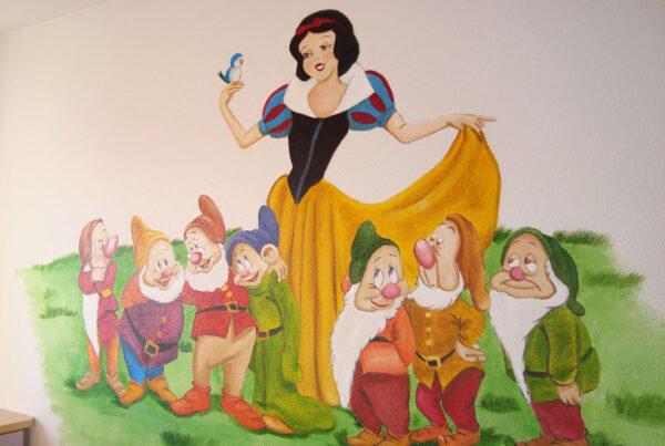 Mural Disney La Bella durmiente y los siete enanitos