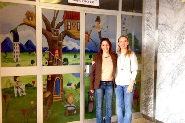 6 Vinilo personalizado puerta planta 7B 12 de Octubre 1 Paula Minguez Murales y cuadros